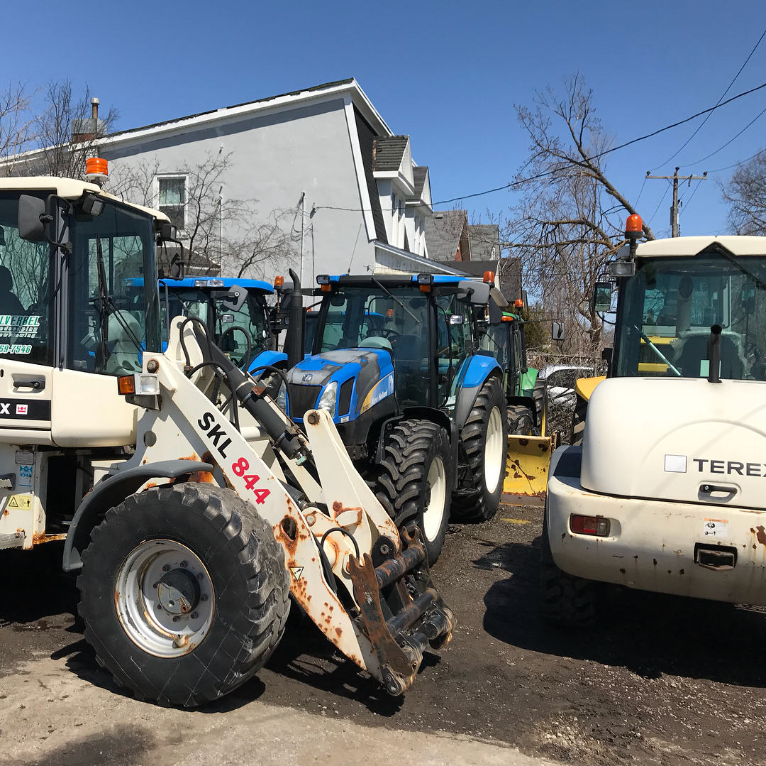 Residential and commercial landscaping services equipment - Silverbel Landscaping & Snowplowing