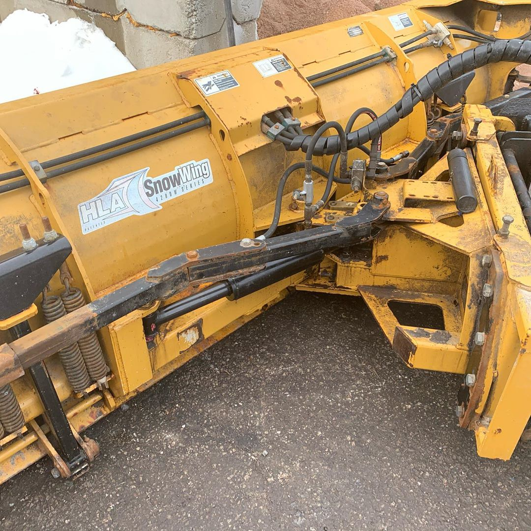 Commercial Snow plowing - Silverbel Landscaping & Snowplowing