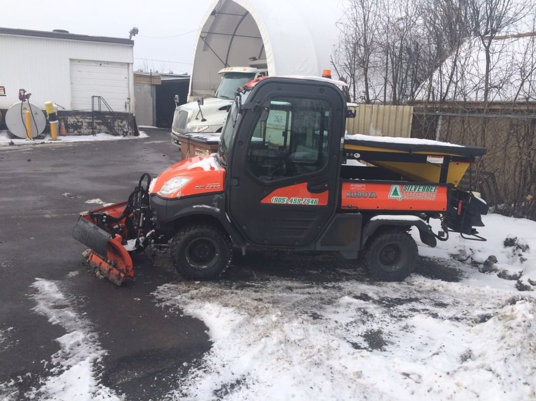 Snow plowing services - Silverbel Landscaping & Snowplowing